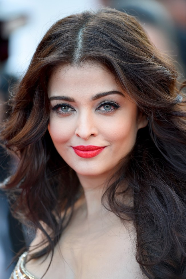 Aishwarya-Rai-2014-Cannes-Film-Festival-Best-Beauty-Looks-Day-72